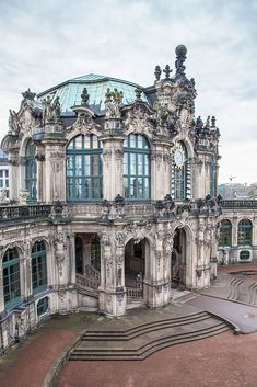 Zwinger Palace was built in Dresden, the capital of Saxony, during the reign of Augusts the Strong in the year 1709, and has been famous ever since for it's stunning baroque architecture. I was exposed to baroque style of architecture in person only when visited the city and this quickly became one of my most favourite parts in the city.