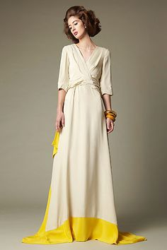 Beautiful. Love the yellow detail. Great for a wedding.