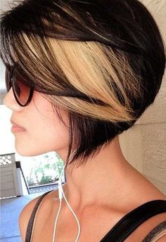 Black Hair with Blonde Highlights for Short Hairstyles i actually love this <3 i wish i could pull off short hair