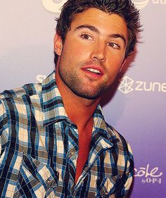 brody jenner please follow me,thank you i will refollow you later
