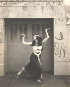 Ruth St Denis as Egyptienne