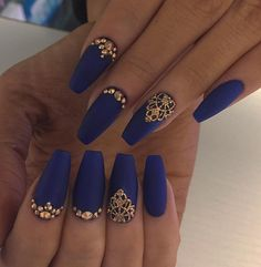 23 Matte Nail Art Ideas That Prove This Trend is Here to Stay : Matte Blue Coffin Nails with Gold Rhinestones Blue Gold Nails, Royal Blue Nails, Dark Blue Nails, Gold Acrylic Nails, Navy Nails, Blue Coffin Nails, Matte Nail Art, Navy Nail Art, Gold Nail Art