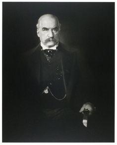 Chair or Dagger?  Portrait of an American tycoon.  Edward Steichen, J.P. Morgan, 1903