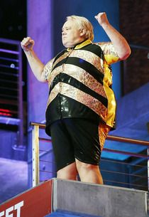 """Louie Anderson Dives """"for America"""" and Captions Splash GIFS Louie Anderson, King Louie, Tv Guide, Captions, Diving, Gifs, America, Fashion, Moda"""