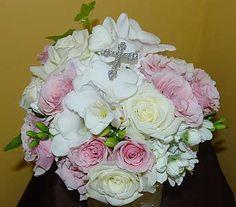 Communion Bouquet in Massapequa ParkNY, Bayview Florist & Montage  1-800-800-7304