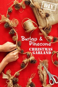 Rustic Pinecone Garland - Tie gold-painted pinecone ornaments onto a string of twine, then top each off with a burlap bow for a simple, beautiful holiday garland. Burlap Crafts, Christmas Projects, Holiday Crafts, Christmas Ideas, Christmas Garlands, Natural Christmas Decorations, Rustic Christmas Ornaments, Burlap Projects, Diy Projects