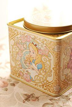 alice in wonderland tea tin