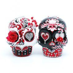 Sugar Skull wedding cake toppers – I love them!  | followpics.co
