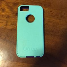 iPhone 5/5s/SE Otterbox Purple and teal Otterbox. Will fit the new iPhone SE. Good condition. OtterBox Accessories Phone Cases