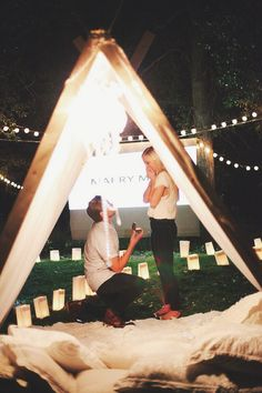 Find hundreds of real marriage proposal ideas, stories, photos and videos. Get the best wedding proposal ideas here! Marriage Proposal Videos, Best Marriage Proposals, Proposal Photos, Best Wedding Proposals, Perfect Wedding, Dream Wedding, Wedding Day, Movie Wedding, Sparkle Wedding