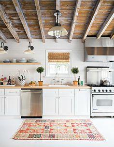 Wood in the Kitchen - Design Chic