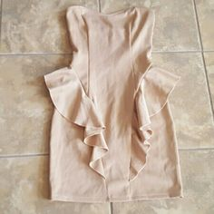 Lulu's peplum dress very form fitting, peplum style. nude color, worn one time on a cruise. perfect condition Lulu's Dresses Mini
