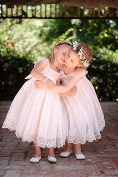 Cute little flower girls. Image: PVH Production