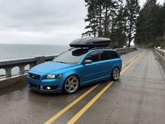 Volvo v50 vinyl wrap ocean shimmer