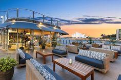 Rooftop Bar Bangkok, Best Rooftop Bars, Outdoor Furniture Sets, Outdoor Decor, Luxury Furniture, Outdoor Sofa, Outdoor Spaces, Furniture Design, Quay West