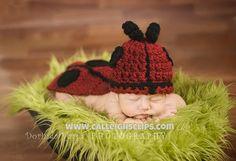 Cuddle Critter Cape Set Ladybug Newborn di calleighsclips