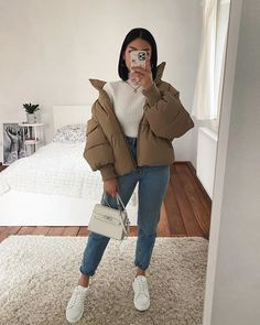 30 Looks ideas – Fashionthestyle Trendy Fall Outfits, Casual Winter Outfits, Winter Fashion Outfits, Retro Outfits, Stylish Outfits, Unique Outfits, Simple Outfits, Fashion Mode, Look Fashion