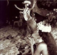 Une autre magnifique photo de A. Sylvain via http://www.facebook.com/vahineitaria #oritahiti #Tahiti