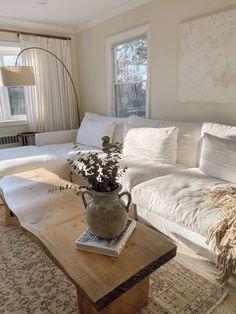Home Living Room, Apartment Living, Living Room Designs, Living Room Decor, French Apartment, Beige Living Rooms, Bedroom Decor, Decor Room, Living Furniture