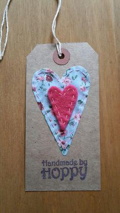 Handmade by Hoppy - Hearts gift tag