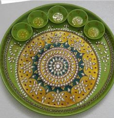 Arti Thali Decoration, Kalash Decoration, Diwali Diya, Diwali Craft, Diy Jewelry Tray, Leaf Crafts, Diy Crafts, Indian Wedding Favors, Colorful Rangoli Designs