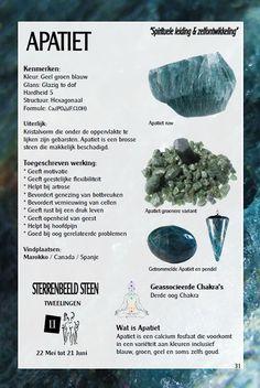 Apatiet - uitleg en werking - Gaia sieraden Minerals And Gemstones, Crystals And Gemstones, Stones And Crystals, Gem Stones, Healing Stones, Crystal Healing, Spirit Soul, Namaste, Chakra Crystals