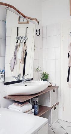 # Small space # Minibad # bathroom # # diy shelf - Sweet Home - Shelves Bathroom Hacks, Bathroom Kids, Small Bathrooms, Small Apartments, Small Spaces, Mini Bad, White Wall Paint, Sweet Home, Diy Regal