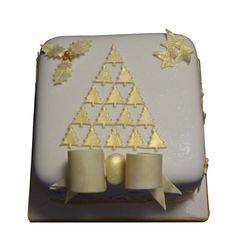 <b>Gold Xmas Tree Cake</b><br />Beautiful gold Xmas Tree & bow