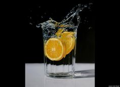 "Jason de Graaf's Hyper-Realistic Paintings ""Wave of Refreshment"""