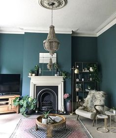 Home Decored Blue Living Room Inspiration Ideas Teal Living Rooms, Living Room Green, New Living Room, Living Room Paint, Living Room Designs, Small Living, Farrow And Ball Living Room, Modern Living, Living Room Chandeliers