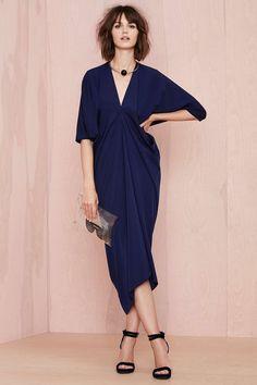 nasty gal. metamorphose dress. navy. #fashion