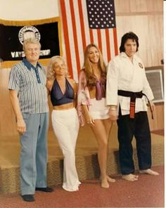 Vernon & Dee Presley, Linda Thompson, and Elvis