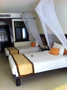 Nice Room by the pool