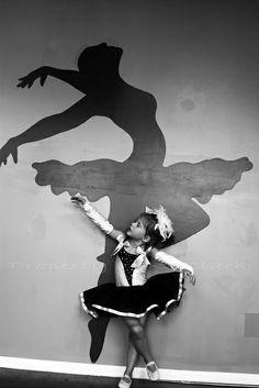 Que tal essa mini e linda bailarina?