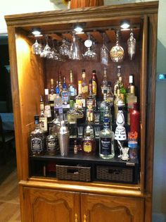 New Repurposed Furniture Armoire Bar Ideas 46 Ideas Modern Bar Cabinet, Home Bar Cabinet, Drinks Cabinet, Cabinet Decor, Cabinet Design, Kitchen Cupboard, Diy Bar, Diy Home Bar, Bars For Home