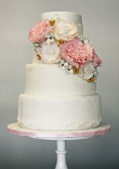 wedding cake*****love the placement of the flowers