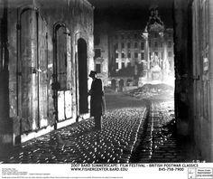 screencap Film Stills film noir the third man Joseph Cotten . Classic Film Noir, Classic Films, Fotografia Pb, Top 10 Films, Carol Reed, Joseph Cotten, The Third Man, Style Noir, Orson Welles