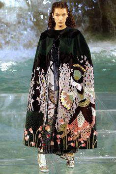 Готовимся к зиме. Прекрасная коллекция Fendi осень-зима 2016-2017. Часть 1…