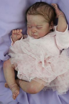 Newborn Reborn Baby Girl Doll Jayden by Natalie Scholl LD Sold Out Kit Real Baby Dolls, Baby Girl Dolls, Reborn Baby Girl, Reborn Babies, Ooak Dolls, Reborn Dolls, Baby Pop, Be My Baby, Beautiful Dolls