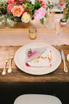 This place setting is so cute, and the toy zoo animal is such a fun touch! Captured by Jillian Zamora Photography #bridesofnorthtx #wedding #placesetting