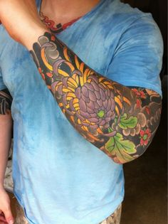 50 Cool Japanese Sleeve Tattoos for Awesomeness | http://buzz16.com/cool-japanese-sleeve-tattoos-for-awesomeness/