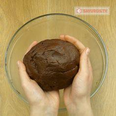 Cheesecake de ciocolată cu brânză proaspătă de vaci- va fi foarte apreciat de iubitorii prăjiturilor cu brânză! - savuros.info Cookies, Desserts, Food, Crack Crackers, Tailgate Desserts, Deserts, Biscuits, Essen, Postres