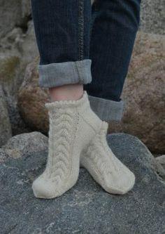 Tekstiiliteollisuus - Naisten mallit Knitting Socks, Baby Knitting, Knit Socks, Mitten Gloves, Mittens, Knit Crochet, Boots, Shopping, Crocheting