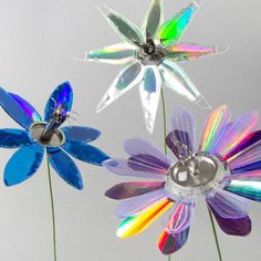 Old Cd Crafts, Crafts To Make, Kids Crafts, Cd Recycle, Recycling, Repurpose, Diy With Cds, Recycled Cds, Diana