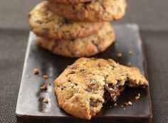 Chocolate chip cookie recipe in Greek. No Bake Treats, No Bake Cookies, Cake Cookies, Cookies Et Biscuits, Cupcake Cakes, Cookies Receta, Biscuit Bar, Delicious Desserts, Yummy Food