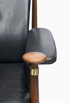 Finn Juhl Bwana easy chair by France & Daverkosen at Studio Schalling #finnjuhl #design #retro