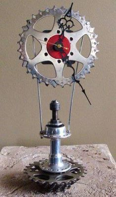 Cool sprocket clock