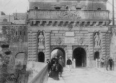 Kings Gate 1903