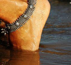Mila Godevskaya always wears anklets anytime and everywhere Gems Jewelry, Jewelry Gifts, Bridal Jewelry, Silver Jewelry, Anklet Jewelry, Saris, Bohemian Jewelry, Indian Jewelry, Silver Anklets