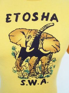 Vintage 80s Elephant Yellow Animal Print Slim Fit Euro T-Shirt Small